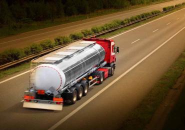 Допоможемо отримати ліцензію на перевезення небезпечних вантажів (ADR).
