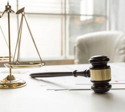 Послуги адвокатів з міграційних питань в Україні.